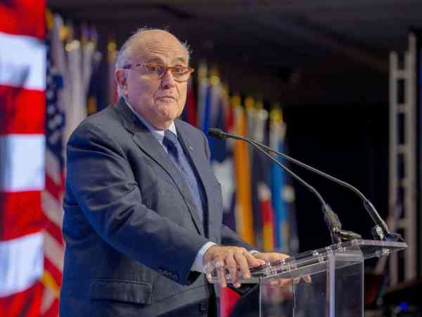 President Trump 'probably does' have the power to pardon himself: Giuliani