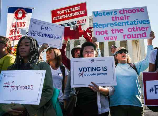 Uncertainly for midterms after Supreme Court acts in key redistricting cases