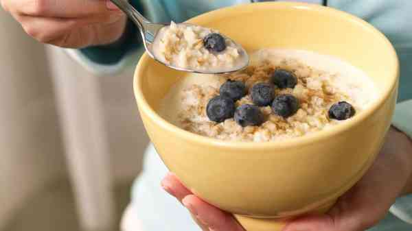 EPA says no health risk from trace amounts of herbicide in breakfast cereal